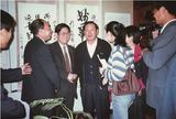 山西省原省委书记胡富国同志(左四)关怀支持学院发展,亲切鼓励院长把学院办成人民满意的大学