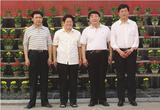 全国人大常委、中国民办教育协会会长王佐书(右二),太原市副市长张政(左一)来我院调研视察